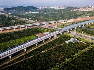 江湛鐵路今日開通運營